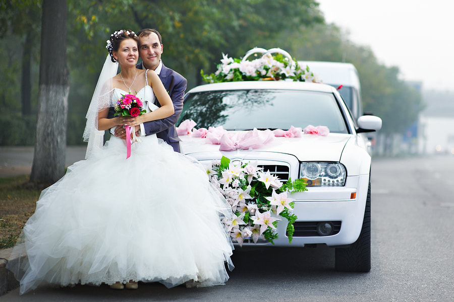 This is a picture of the wedding car services.